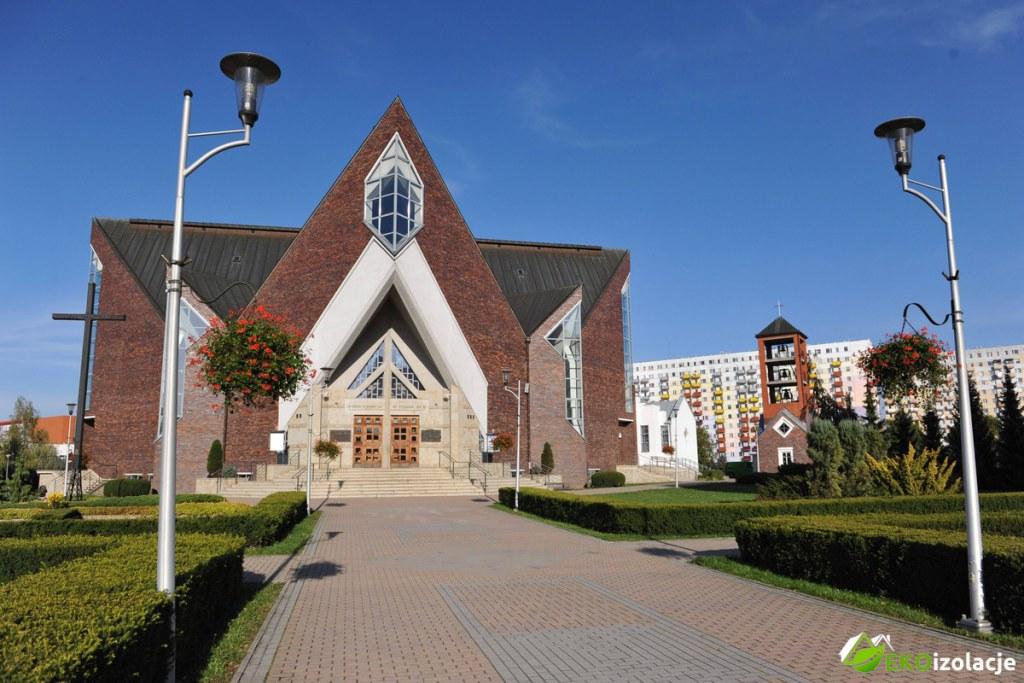 Ocieplenie Kościoła Pianką